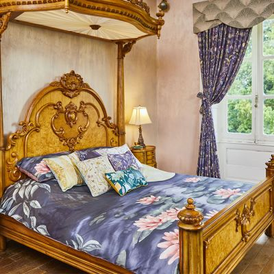 Moonlit Lily Garden Bed Set