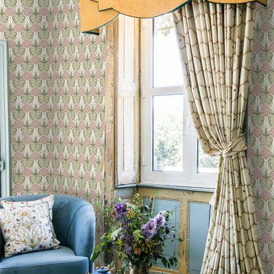 Lily Garden Wallpaper