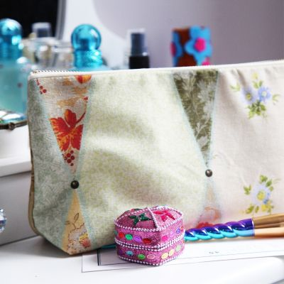 Wallpaper Cosmetic Bag