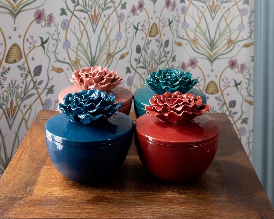 Selection of ceramic candles